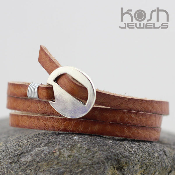 ESSENTIAL WRAP LEATHER BRACELET - SILVER BUCKLE