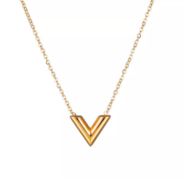 VERITAS NECKLACE