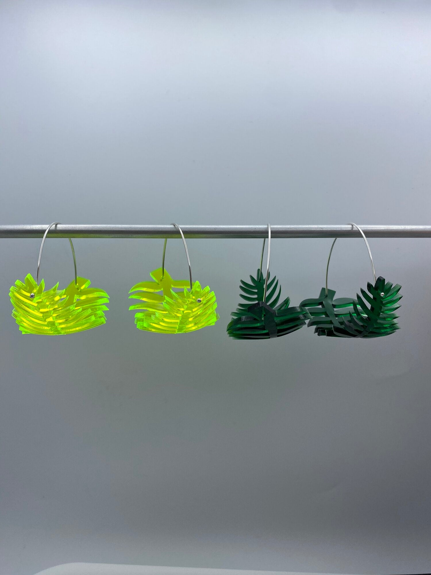 Bonnie Palm Hoops - Neon Green