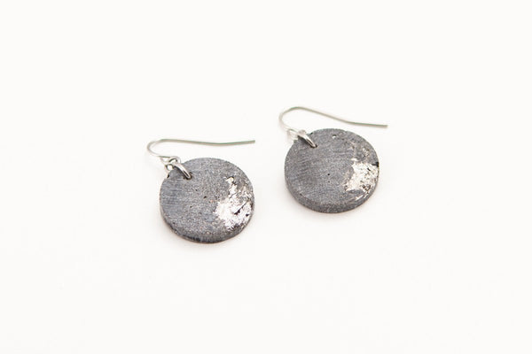 Concrete Fractured Earrings - Circle - Silver