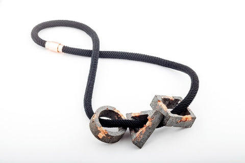 Concrete Fractured Necklace - Trio Large - Copper - Silk Rope