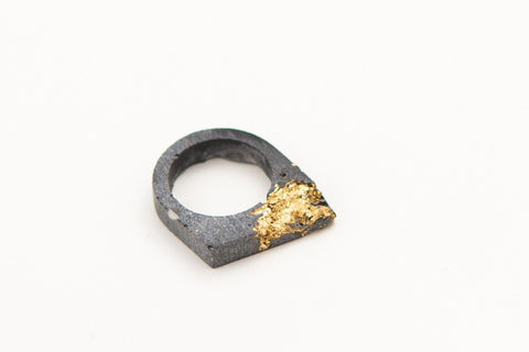 Concrete Fractured Ring - Offset - Gold