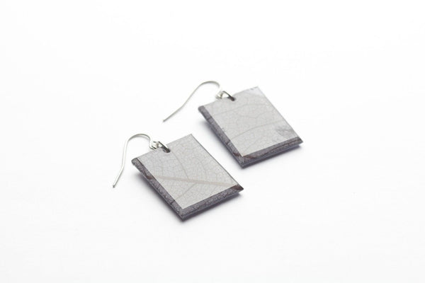 Fossil Leaf Gray Earrings - Regular