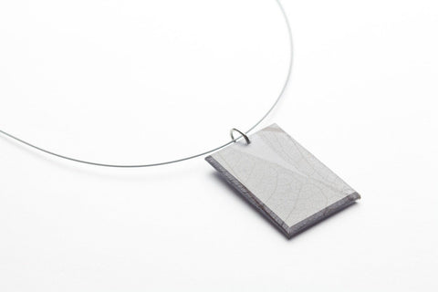 Fossil Leaf Gray Necklace - Regular