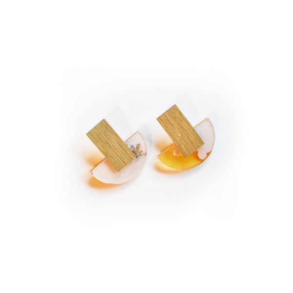 Fleur Vitamin C Earrings - Arc Stud