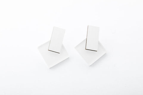Powder Earrings - Diamond Stud