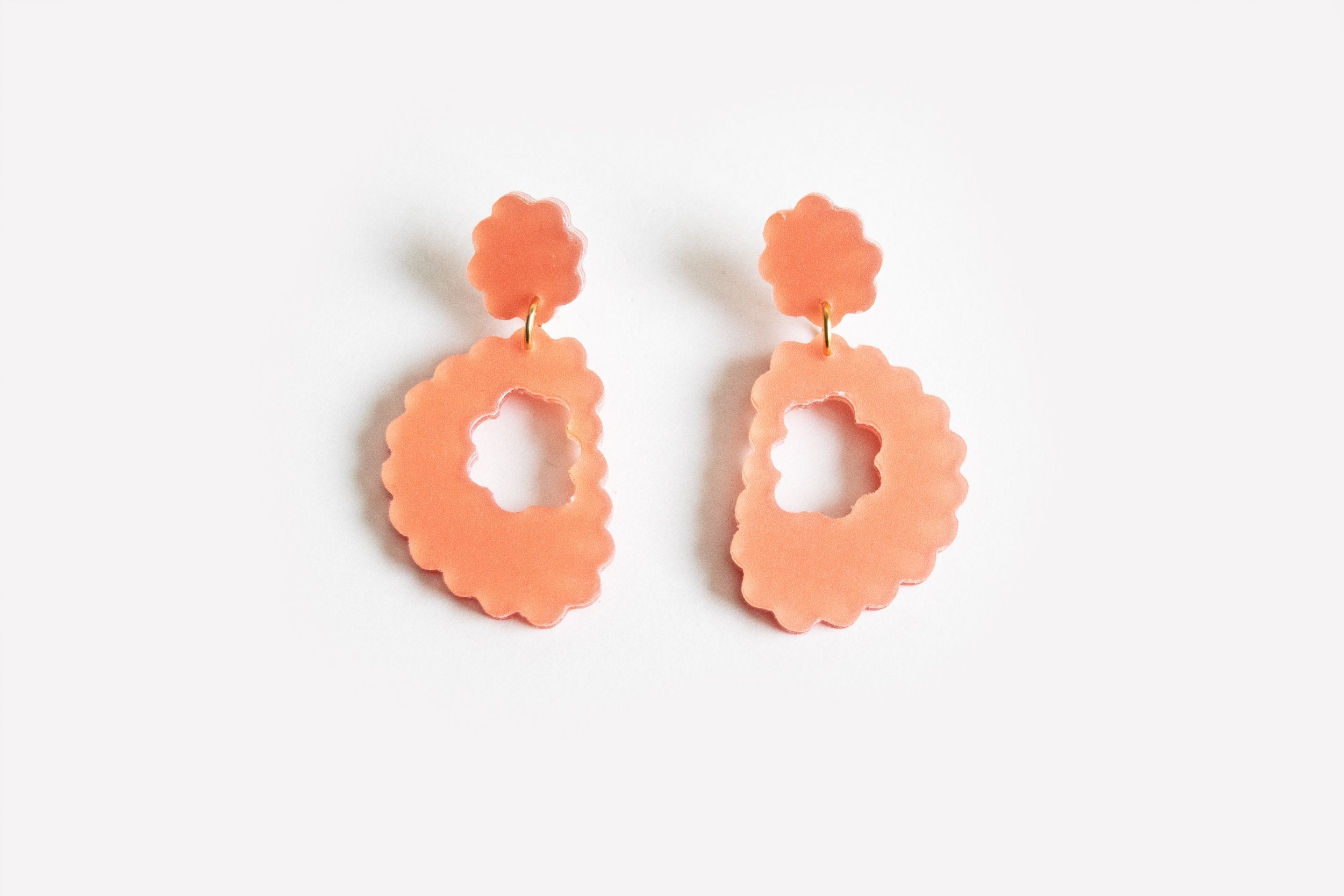 Ecoresin Scallop Earrings - Drop