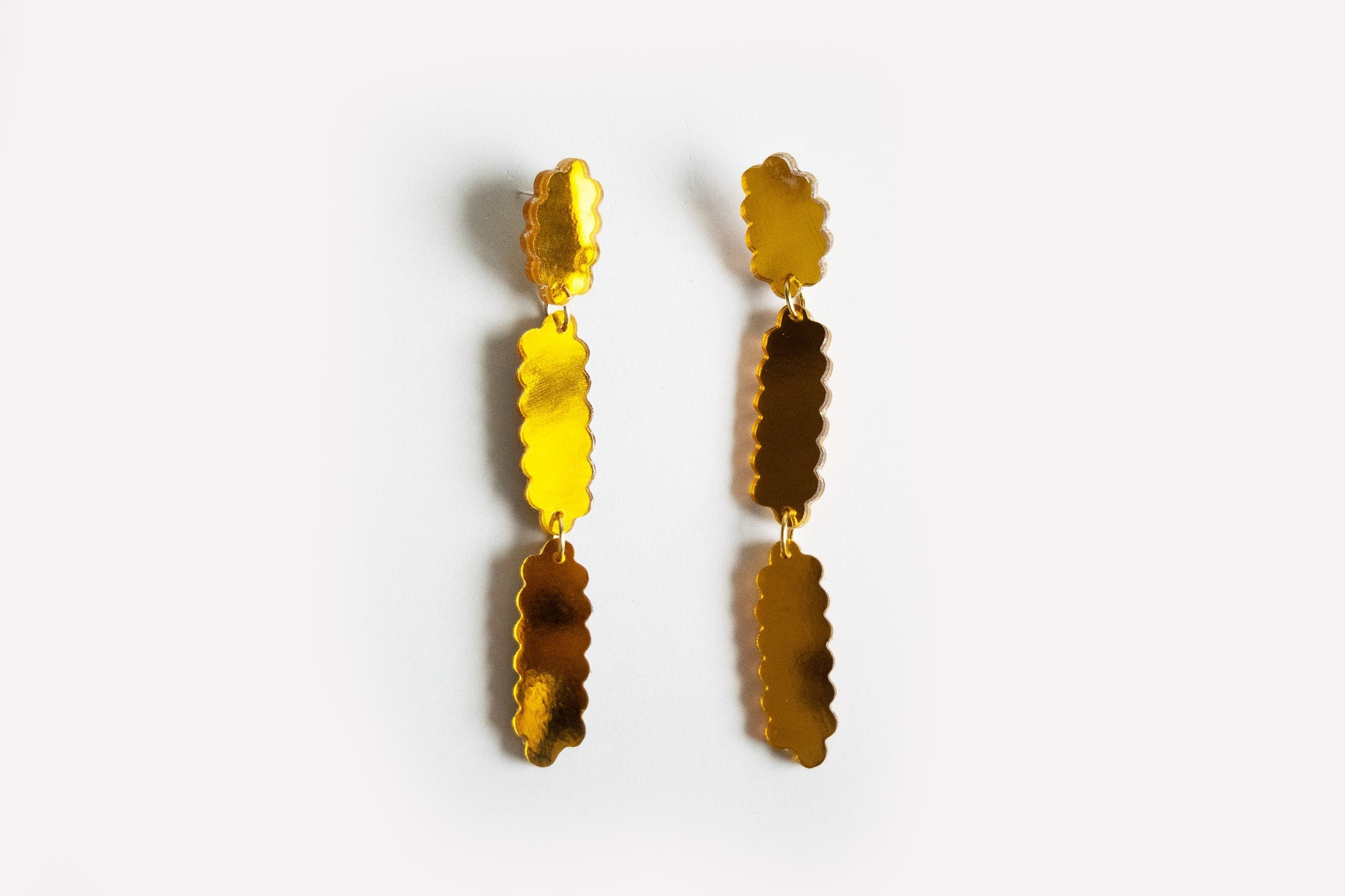 Ecoresin Scallop Earrings - Line Drop
