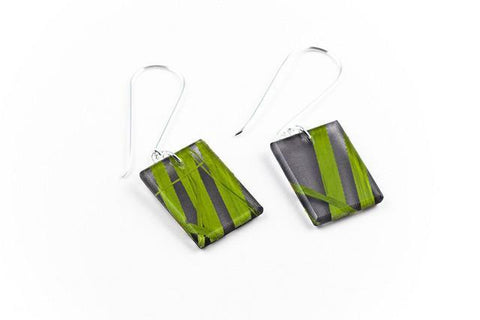 Seaweed Black Earrings - Regular