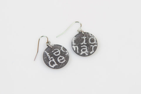 Courier Black Earrings - Circle