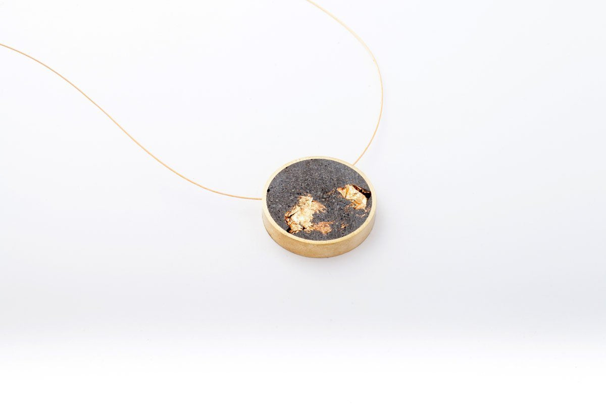 Concrete Framed Necklace - Circle - Medium
