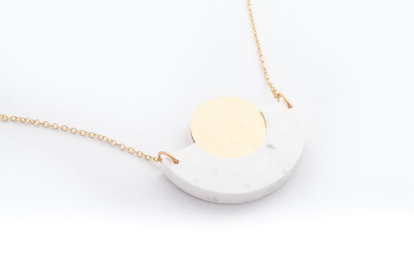 Corian Arc Circle Necklace - Winter