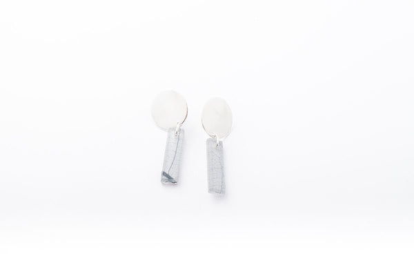 Fossil Leaf White Earrings - Drop Circle