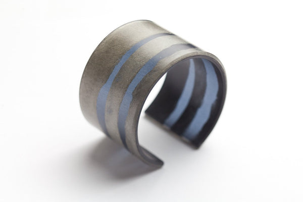 Fray Smoke Cuff - Wide
