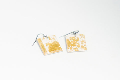 Gild Gold White Earrings - Regular