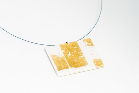 Gild Gold White Necklace - Lrg Square
