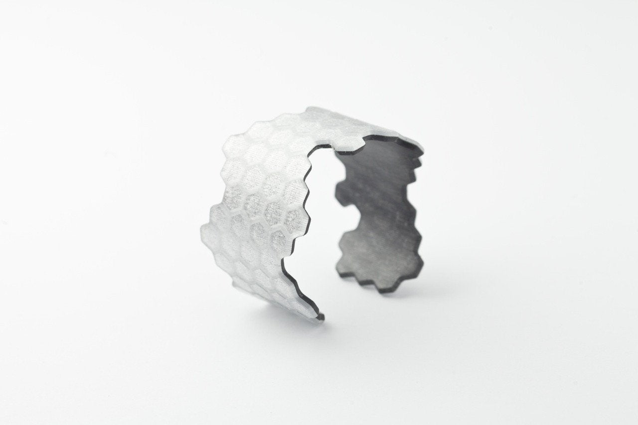 Ecoresin Honeycomb Cuff - Narrow