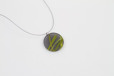 Seaweed Black Necklace - Circle