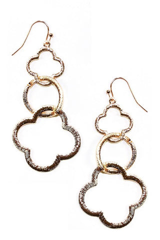 CLOVER DROP - Earrings in Gold Tone Brushed Metal