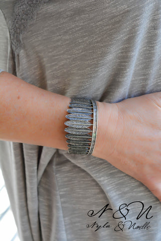 EAGLE DANCE - Vintage Silver Tone BOHO Feather Cuff Bracelet