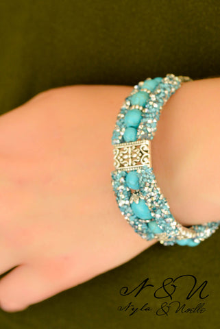 BOHEMIAN GLITTER Turquoise - Sparkly Chunky Bracelet with Boho Feather Charm