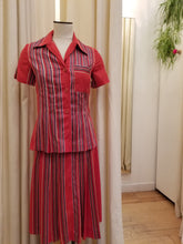 Load image into Gallery viewer, Vintage Albert Nipon 2pc skirt set
