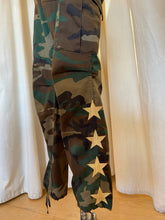 Load image into Gallery viewer, Star Camo Pants