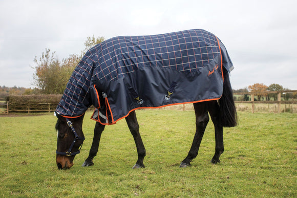 Mark Todd Mediumweight Combo Turnout Rug Plaid