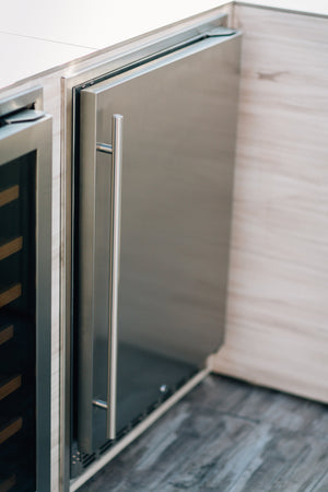 "24"" 5.3c Outdoor Rated Refrigerator"