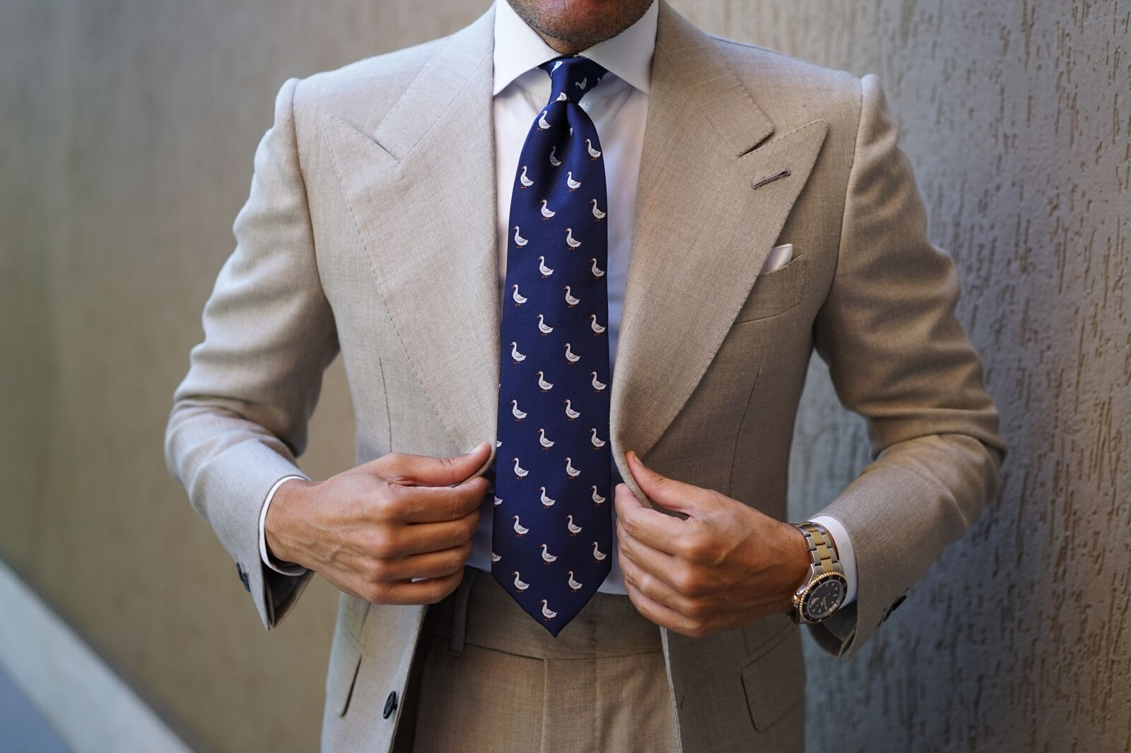 Suit with Collar Stays