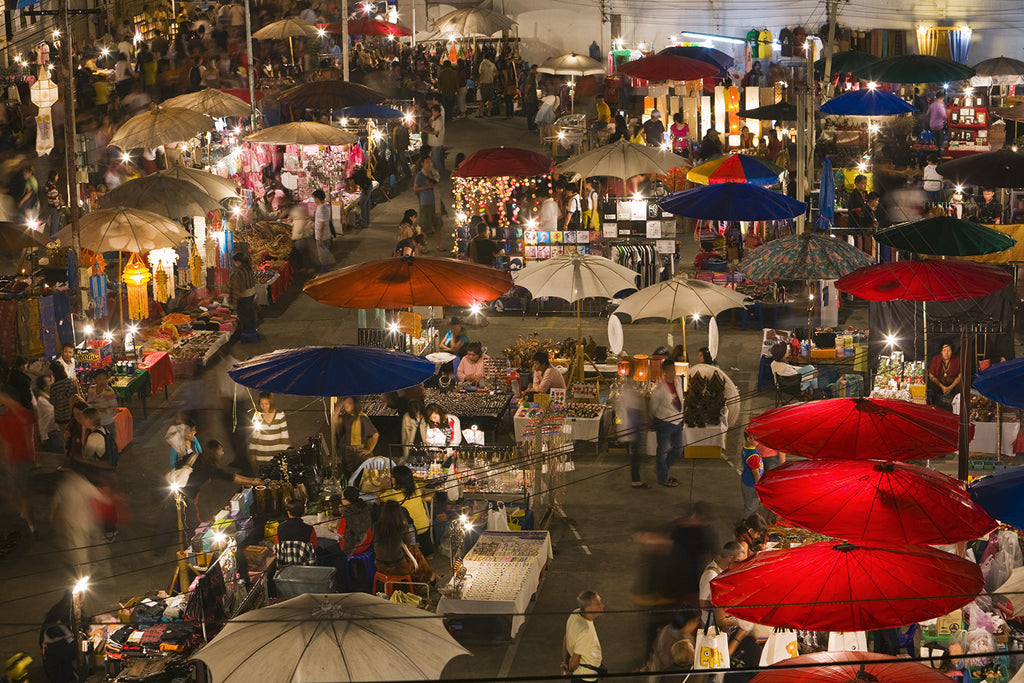 "Stroll through the huge ""Sunday Night Market"""