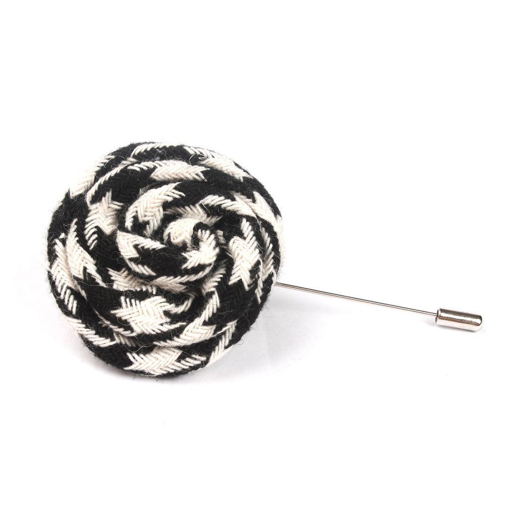 Hypnosis Spiral Black and White Lapel Flower