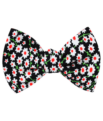 Nong Nooch White Flower Self Bow Tie