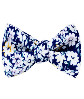 Puerto Rico White Flower Self Bow Tie