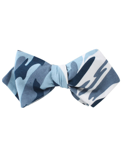 Sea Blue Camo Diamond Self Bow Tie
