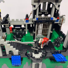 Used Set 6090 Royal Knight's Castle