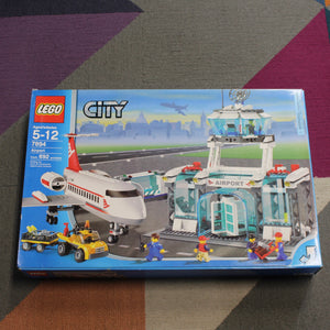 Retired Set 7894 City Airport