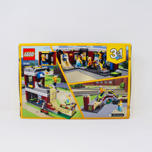 Retired Set 31081 Creator Modular Skate House