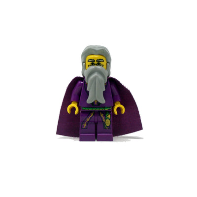 Albus Dumbledore (dark purple robes and cape, old)