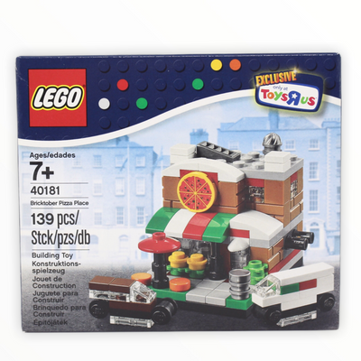 Retired Set 40181 LEGO Bricktober Pizza Place