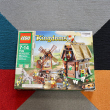 Retired Set 7189 Kingdoms Mill Village Raid