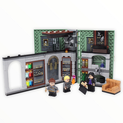 Used Set 76383 Harry Potter Hogwarts Moment: Potions Class