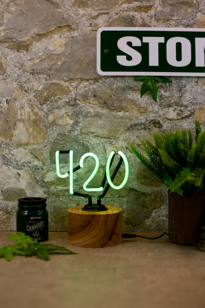 Lightly Toasted 420 Green Neon Light