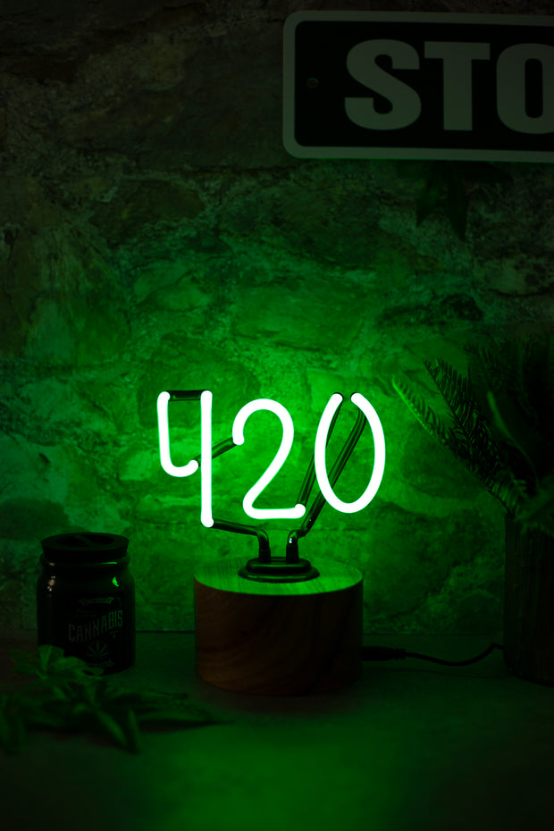 Lightly Toasted 420 Neon Light