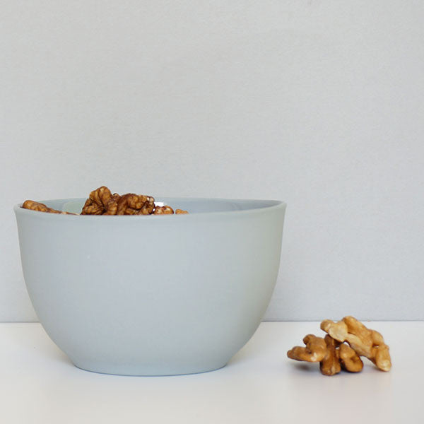 Urban Cartel porcelain rice bowl | Light grey nibbles bowl