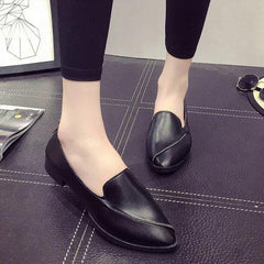 Pure Color Flat Slip On Pointed Toe Casual Shoes