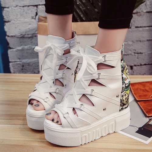 Platform Hollow Zipper Graffiti Pattern Boots