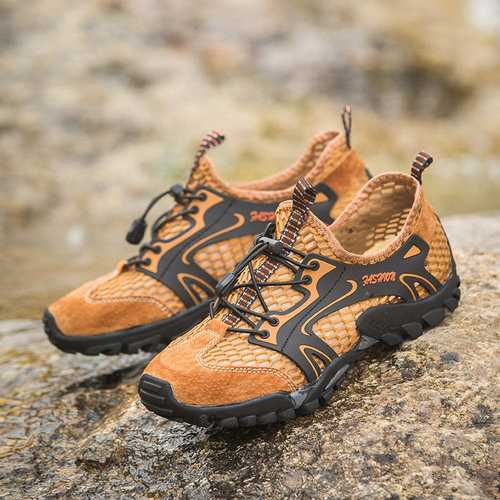 Men Honeycomb Mesh Fabric Water Shoes