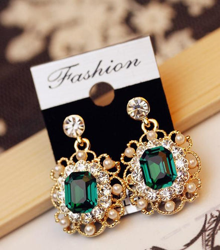 Korean Women's Jewelry Pearls Vintage Fashion Square Earrings Stud Earrings