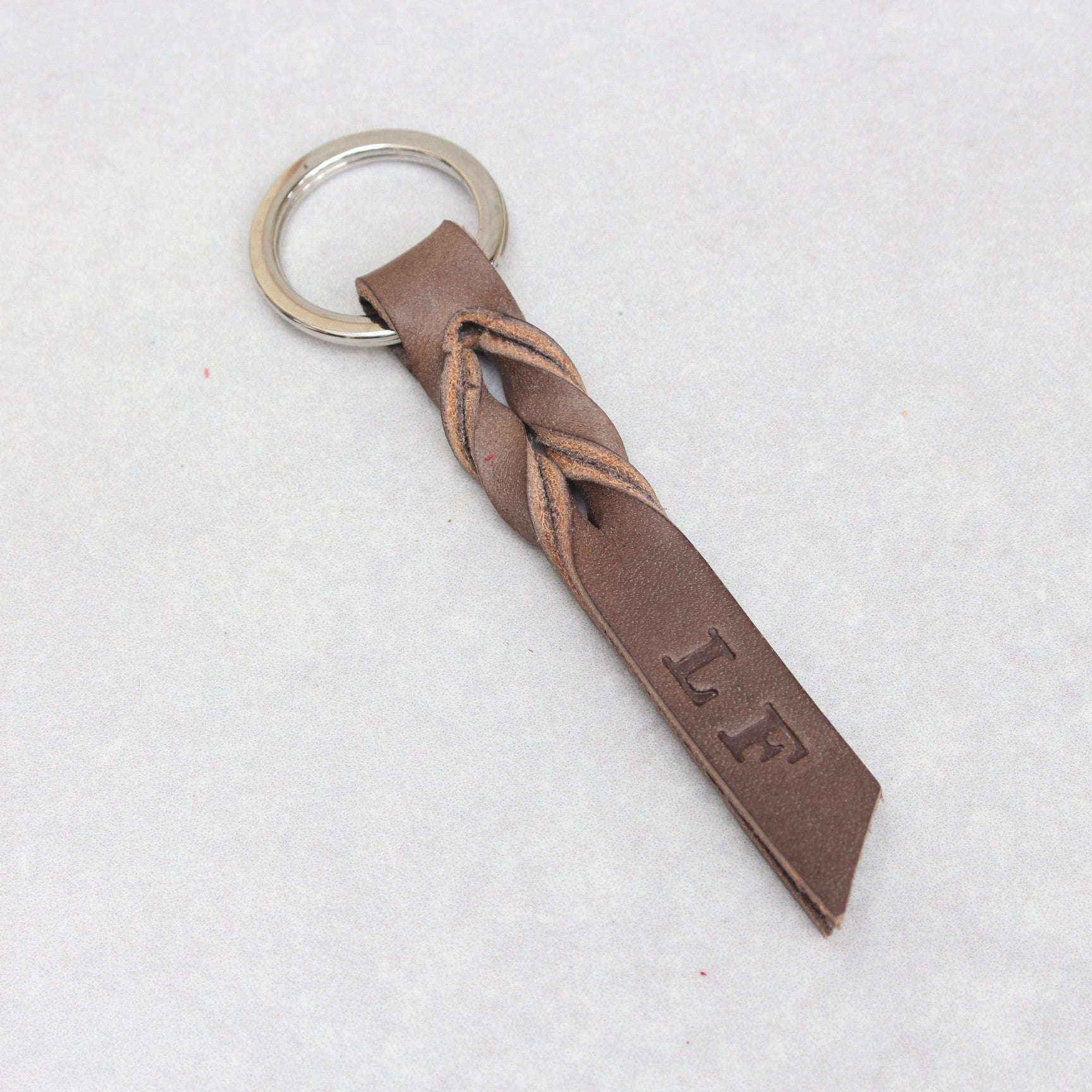 Twist Keyring - Red Tumblegrain